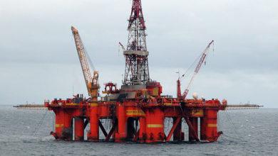 صورة انهيار تاريخي لسعر البترول الأمريكي.. قيمة البرميل أقل من صفر