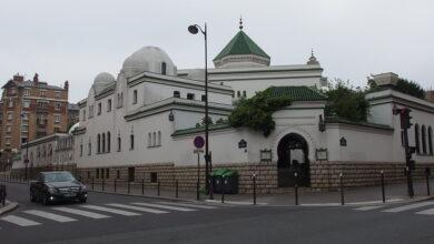 صورة ما سبب إغلاق 17 مسجدا من أصل 89 في فرنسا؟