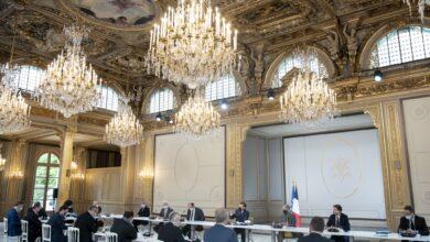 صورة فرنسا تتنفس الصعداء عقب أشهر من الإغلاق