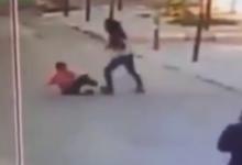صورة شاهد: معلمة لبنانية تعتدي على طفل سوري لاجئ