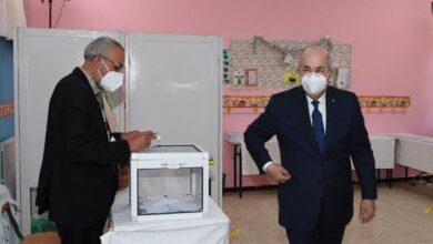صورة فوز حزب جبهة التحرير الوطني بانتخابات قاطعها 77% من الجزائريين
