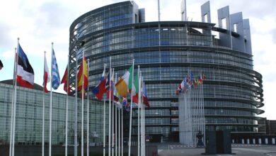 صورة دول الاتحاد الأوروبي توافق على حرية السفر للسياح الملقحين بالكامل