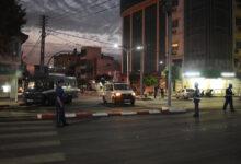 صورة شاهد: صراع في الجزائر للحصول على أسطونات الأوكسجين