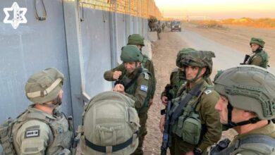 صورة إسرائيل تفرض تعزيزات جديدة في الضفة الغربية بحثا عن الأسرى الفلسطينيين الفارين